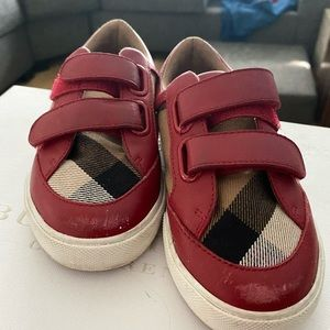 Burberry/Unisex /Toddler/Size 26/9.5 US/Authentic